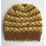 hand-knitted hat 04