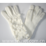 hand-knitted gloves 06