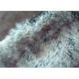 Tip-dyeing high pile fur